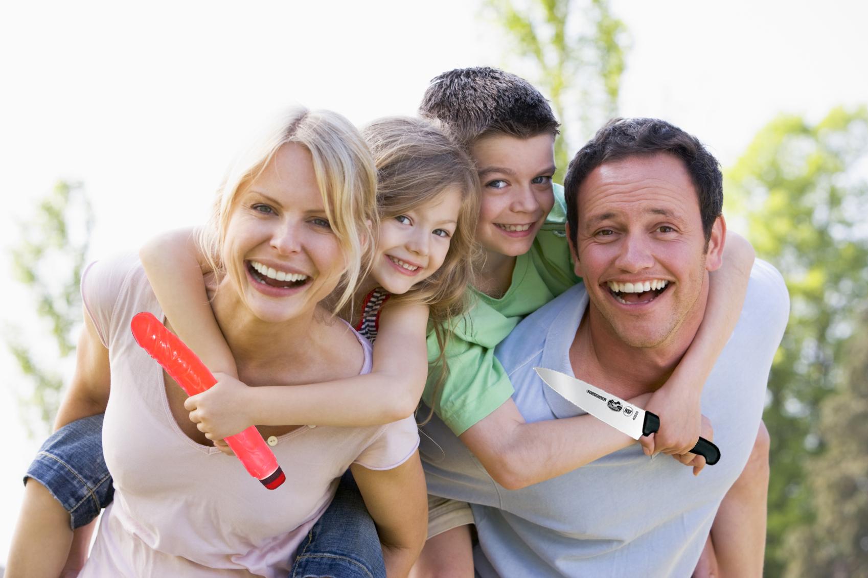 Семейная пара с подростком 13 фотография